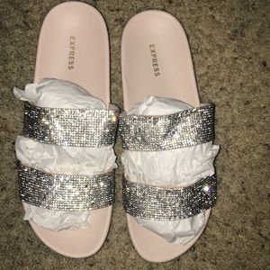 Express women's sandals